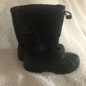 Kamik snow boots. Black. Warm and waterproof